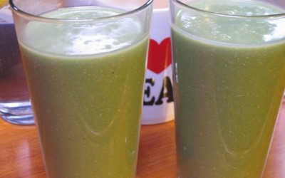 Delicious and healthy Green Smoothie.