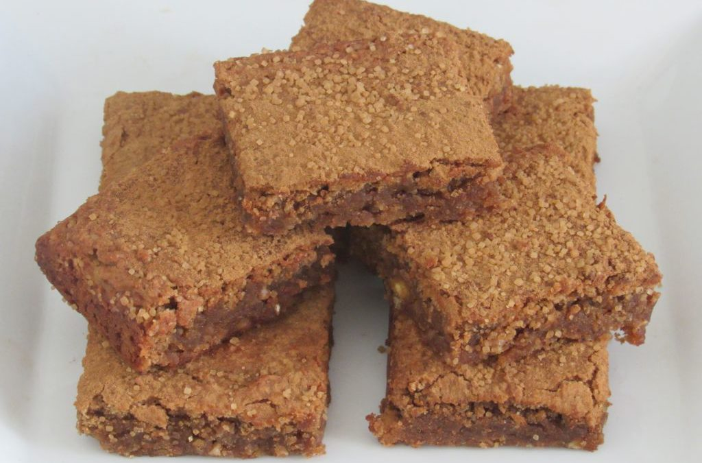 Chickpea Cinnamon Blondies